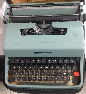 máy đánh chữ cổ